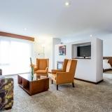 Suite Hotel NH Royal Pavillon