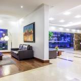 Lobby Hotel NH Royal Pavillon