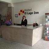 Recepción Hotel El Lago Inn