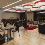 "KA Restaurante 2 Hotel Radisson AR Bogotá Airport - <a href=""http://www.booking.com/hotel/co/ar-salitre-suites-spa-centro-de-convenciones.html?aid=384790;label=hotelgallery#availability_target"" rel=""nofollow"">Reserva ahora</a>"