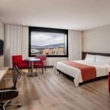"""Habitacion con una cama - <a href=""""http://www.booking.com/hotel/co/ar-salitre-suites-spa-centro-de-convenciones.html?aid=384790;label=hotelgallery#availability_target"""" rel=""""nofollow"""">Reserva ahora</a>"""