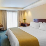 "Habitacion con una cama - <a href=""http://www.booking.com/hotel/co/ghl-capital.html?aid=384790;label=hotelgallery#availability_target"" rel=""nofollow"">Reserva ahora</a>"