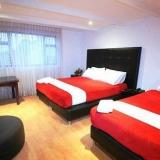 """Habitación doble con 1 o 2 camas - <a href=""""http://www.booking.com/hotel/co/casa-americana.html?aid=384790;label=hotelgallery#availability_target"""" rel=""""nofollow"""">Reserva ahora</a>"""