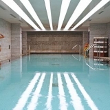 """Piscina cubierta - <a href=""""http://www.booking.com/hotel/co/jw-marriott-bogota.html?aid=384790;label=hotelgallery#availability_target"""" rel=""""nofollow"""">Reserva ahora</a>"""