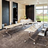 """Espacios para reuniones y negocios - <a href=""""http://www.booking.com/hotel/co/movich-bura3-26.html?aid=384790;label=hotelgallery#availability_target"""" rel=""""nofollow"""">Reserva ahora</a>"""