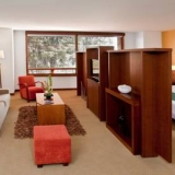 "Confortables suites - <a href=""http://www.booking.com/hotel/co/habitel.html?aid=384790;label=hotelgallery#availability_target"" rel=""nofollow"">Reserva ahora</a>"