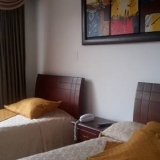 "Habitación 3 - <a href=""http://www.booking.com/hotel/co/ag-boutique-home.html?aid=384790;label=hotelgallery#availability_target"" rel=""nofollow"">Reserva ahora</a>"