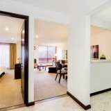 "Suites confortables - <a href=""http://www.booking.com/hotel/co/101-park-house.html?aid=384790;label=hotelgallery#availability_target"" rel=""nofollow"">Reserva ahora</a>"