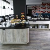 "Restaurante - <a href=""http://www.booking.com/hotel/co/whyndam.html?aid=384790;label=hotelgallery#availability_target"" rel=""nofollow"">Reserva ahora</a>"