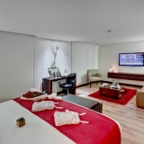 Suite Hotel Best Western Plus 93 Park